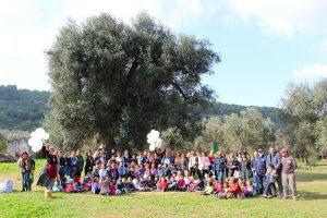 bambini in festa con pane e olio azienda agricola agrosi